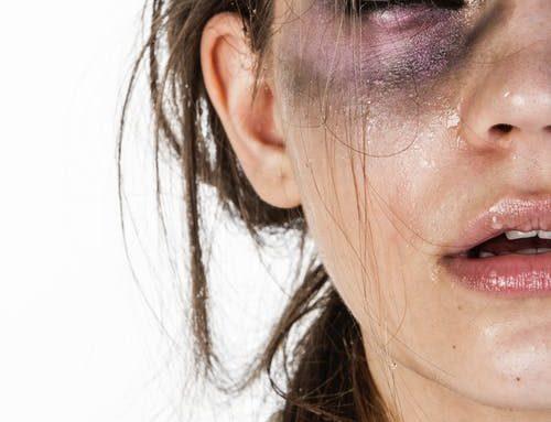 Handlingsplan mot våld i nära relation – en klapp på huvudet!